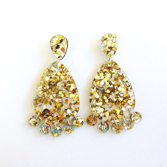 Best sellers: Super Lush Drop earrings