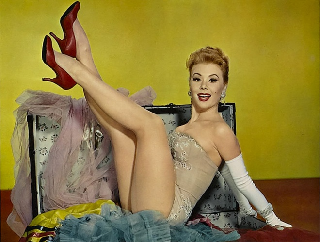 Mitzi Gaynor in Les Girls (1957)