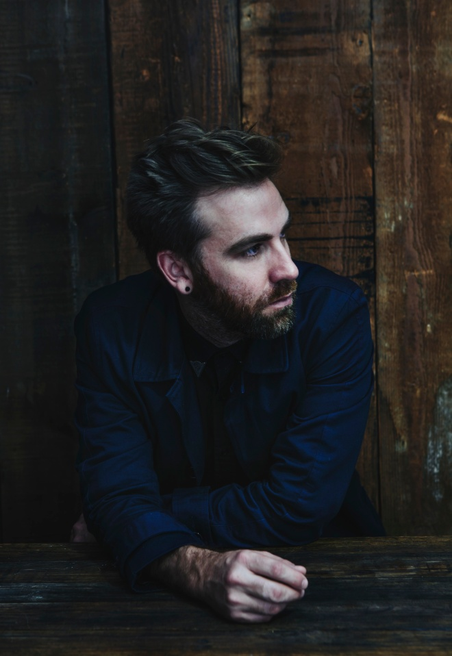 Josh Pyke profile colour vert low res-1