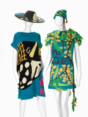 FLAMINGO PARK, Sydney (fashion house) 1973–95 Jenny KEE (designer) born Australia 1947 Jan AYRES (knitter) born Australia 1947 Big fish dress and hat 1979 cotton, painted straw 90.0 cm (centre back), 67.0 cm (waist, flat) (dress) 143.0 cm (outer circumference), 14.0 cm (height), 46.0 cm (width)(hat) National Gallery of Victoria, Melbourne Purchased, Victorian Foundation for Living Australian Artists, 2015 Wattle dress and hat 1978 cotton 75.0 cm (centre back) 45.0 cm (waist, flat) (dress) 54.0 cm (outer circumference), 14.5 cm (height), 23.0 cm (width)(hat) National Gallery of Victoria, Melbourne Purchased, Victorian Foundation for Living Australian Artists, 2015
