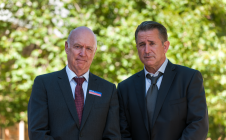 John Clarke and Anthony Lapaglia in A Month of Sundays