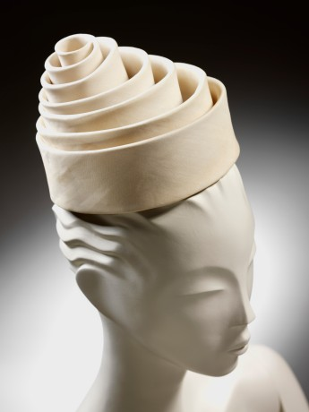 Spiral hat, silk, Balenciaga for EISA, Spain, 1962 © Victoria and Albert Museum, London
