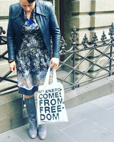 Sporting my new birthday tote from The Met, vintage dress and leather jacket & trusty Marc Jacobs boots.
