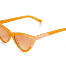 'The Salty Blonde' Pared Eyewear. Image courtesy Flaunter.com